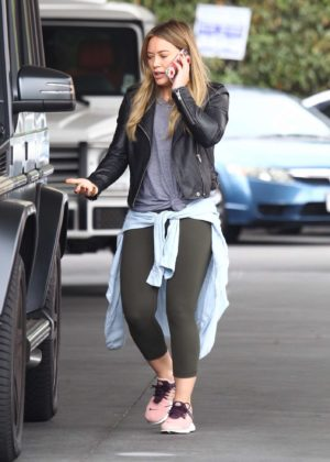 Hilary Duff at a gas station -02