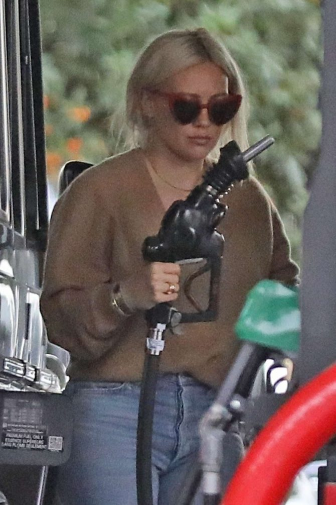 Hilary Duff at a gas station in LA