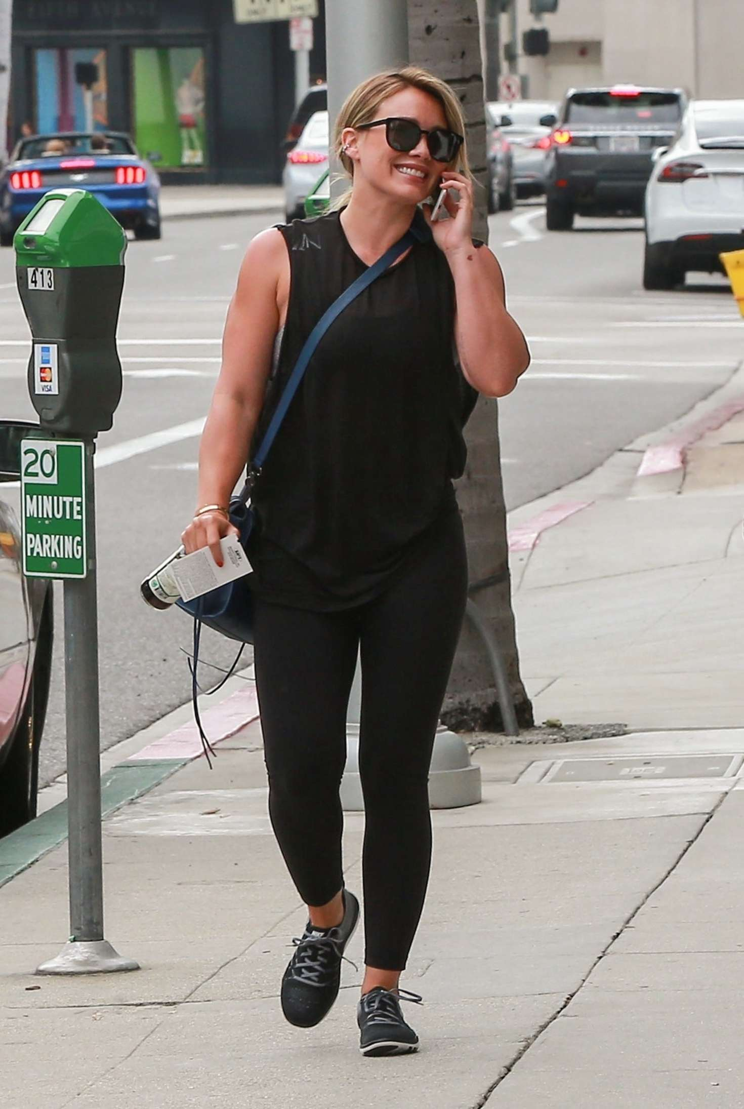 Hilary Duff 2017 : Hilary Duff at a medical building in Beverly Hills -03