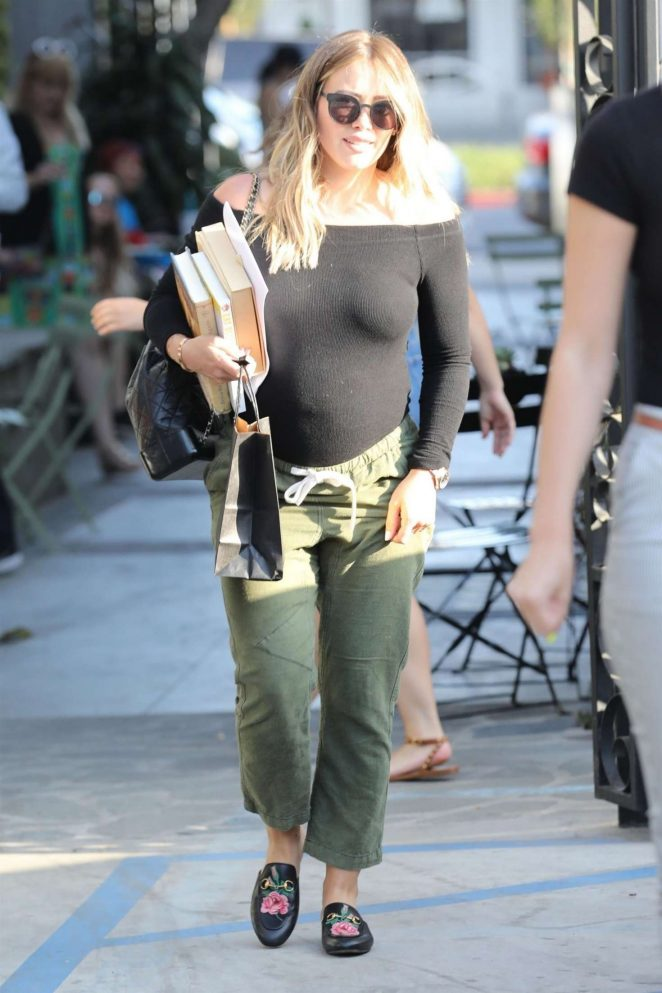 Hilary Duff at Nine Zero One Salon -04