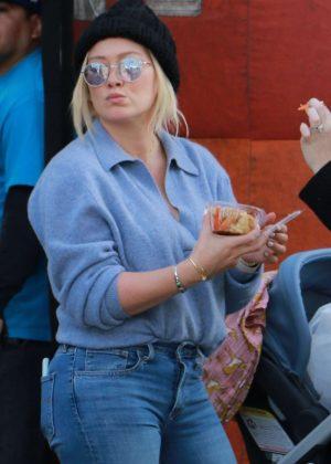 Hilary Duff at the Farmer's Market in LA