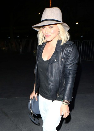 Hilary Duff - Attends the Justin Bieber Concert in Los Angeles