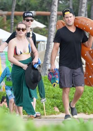 Hilary Duff in Bikini -14