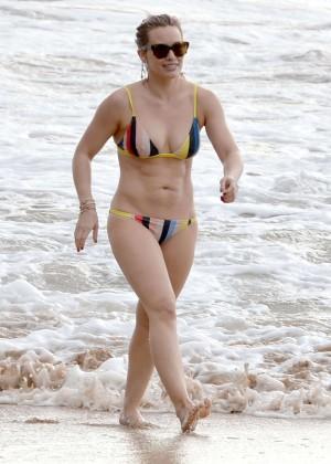 Hilary Duff in Bikini -15