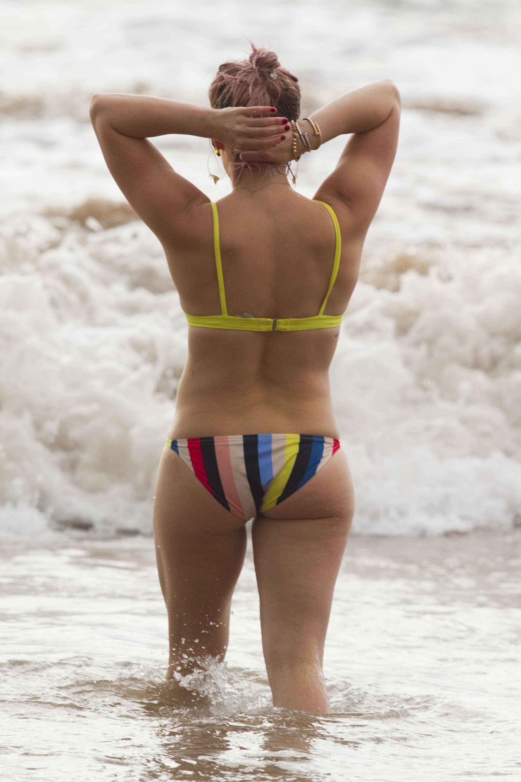 butt nude Hilary duffs