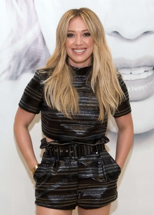 Hilary Duff - 'Breathe In, Breathe Out' CD Signing Event in Lake Grove