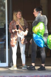 Hilary Duff buys a expensive Red Wine in Beverly Hills