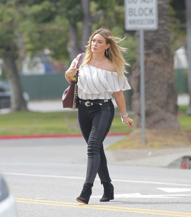Hilary Duff - Doing some shopping in West Hollywood
