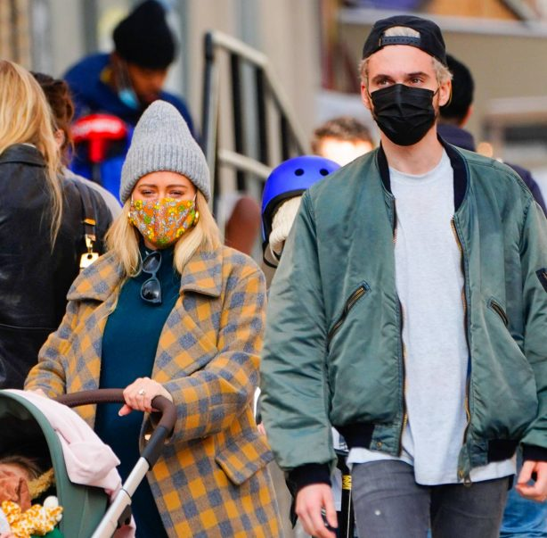 Hilary Duff - Family Stroll candids in New York City