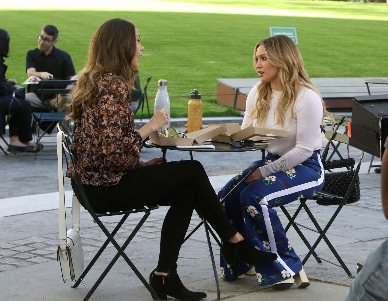 Hilary Duff 2019 : Hilary Duff: Filming Younger in NYC -02