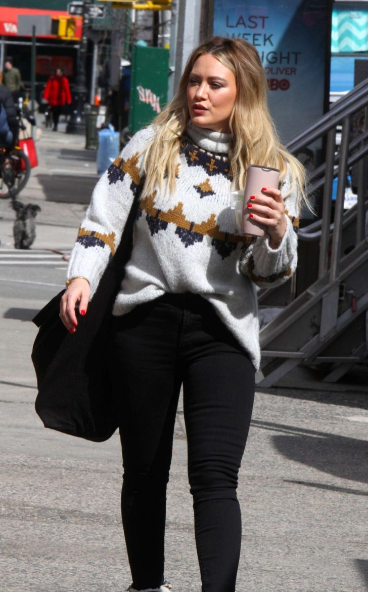Hilary Duff - Filming 'Younger' in NYC