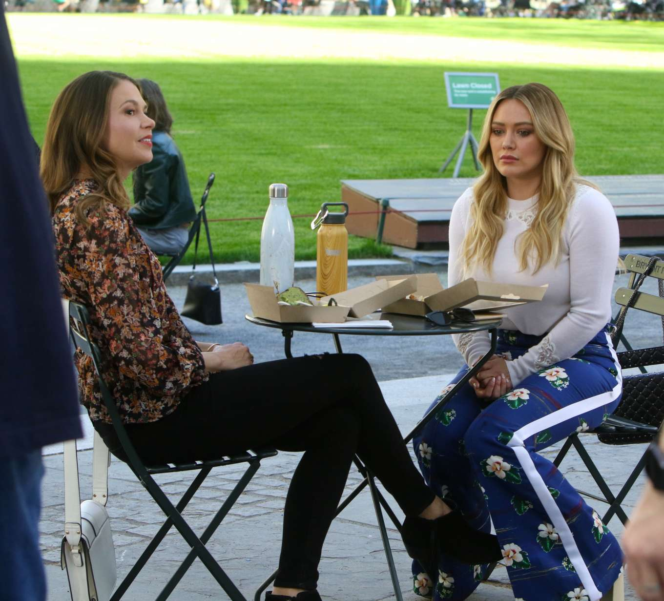 Hilary Duff 2019 : Hilary Duff: Filming Younger in NYC -08