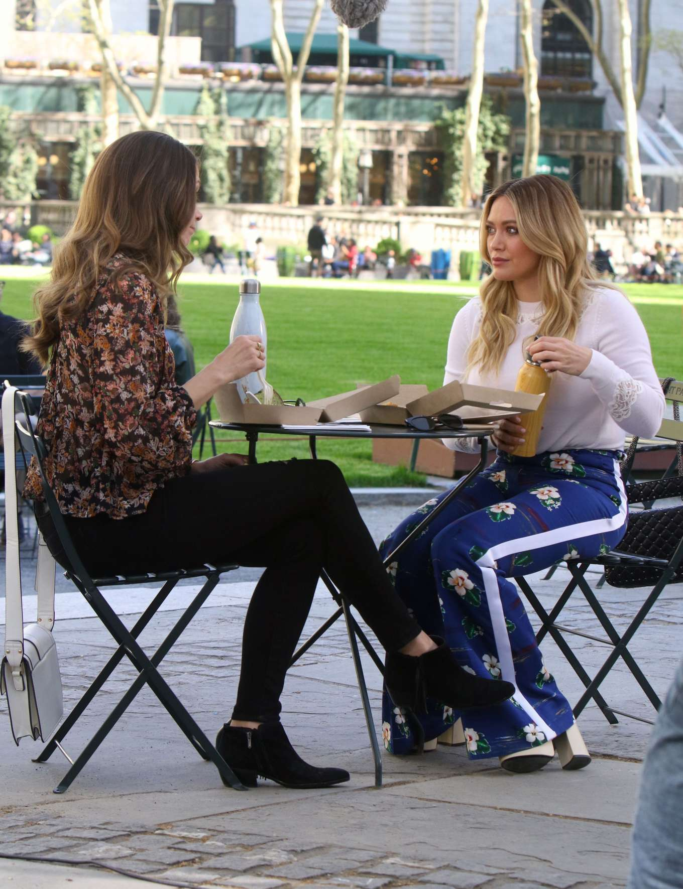 Hilary Duff 2019 : Hilary Duff: Filming Younger in NYC -27