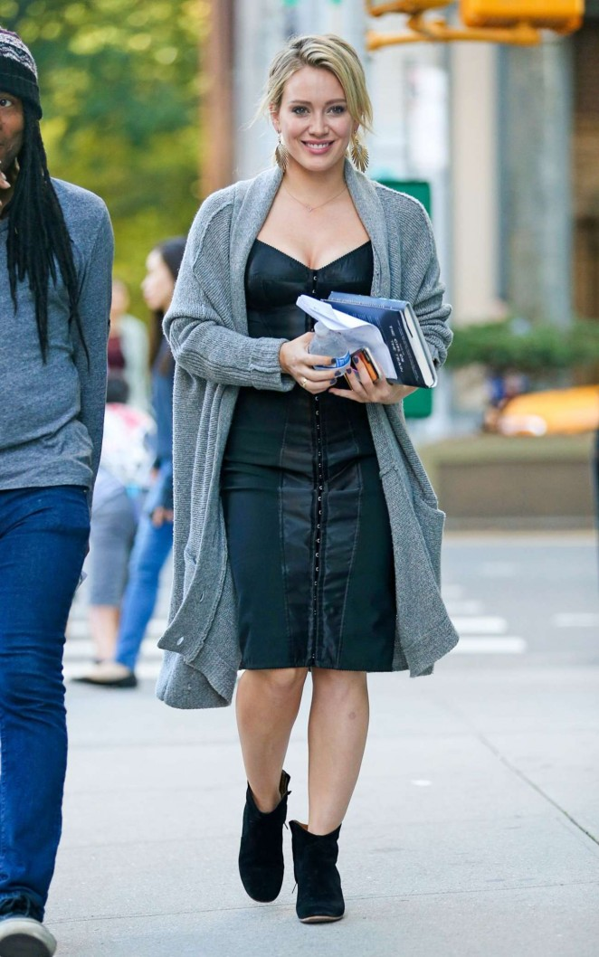Hilary Duff - Filming 'Younger' Set in New York