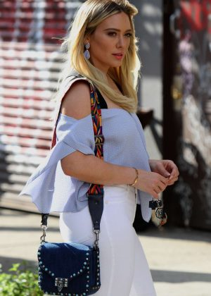 Hilary Duff - Filming 'Younger' Set Season 4 in Brooklyn