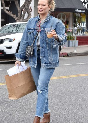 Hilary Duff - Going to Joan's On Third to grab a coffee in LA