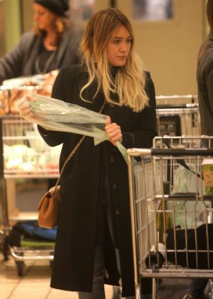 Hilary Duff - Grocery Shopping in Beverly Hills