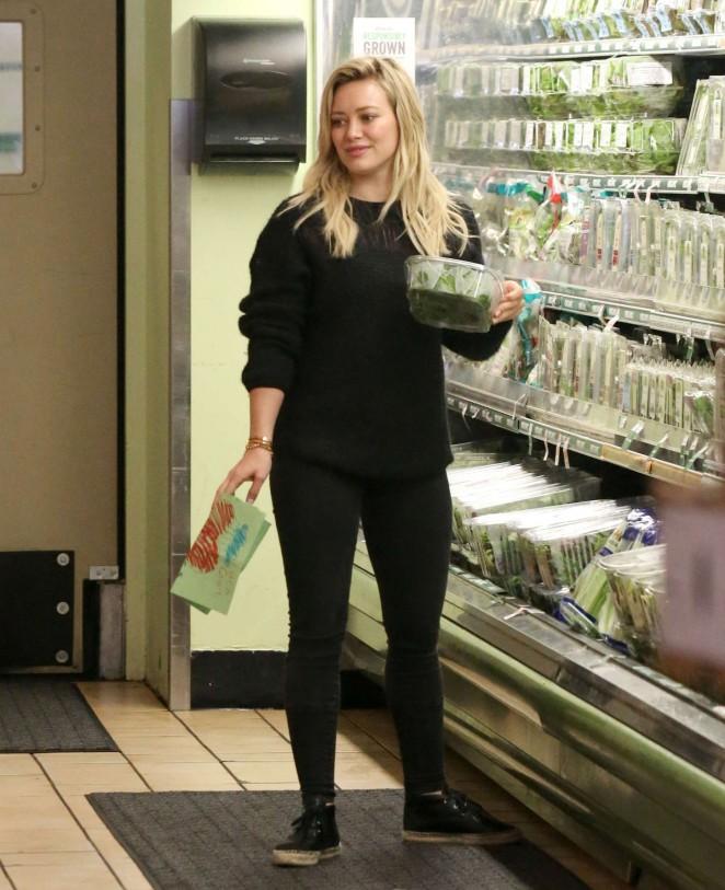 Hilary Duff - Grocery Shopping in LA