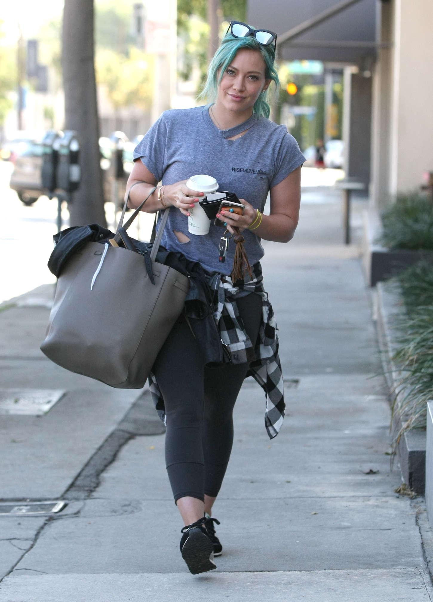 Hilary Duff 2015 : Hilary Duff: Heads to the gym -09