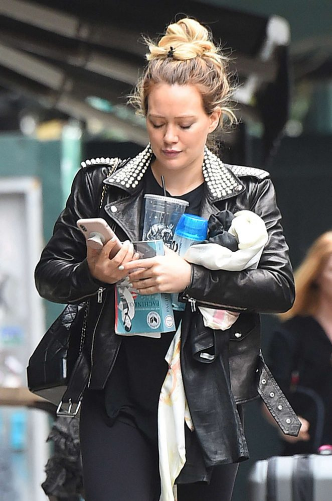 Hilary Duff - Heads to the 'Younger' movie set in New York City