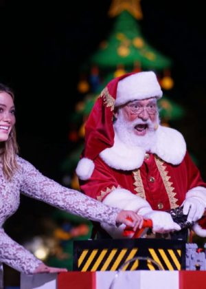 Hilary Duff - Helps light the LEGO Christmas tree at Legoland California