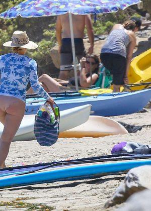 Hilary Duff in Bikini Bottoms 2016 -01