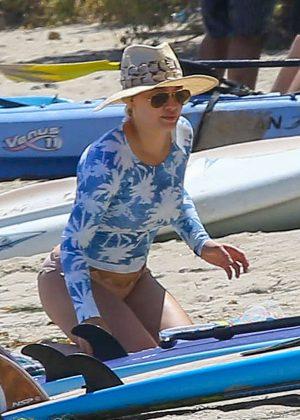 Hilary Duff in Bikini Bottoms 2016 -10