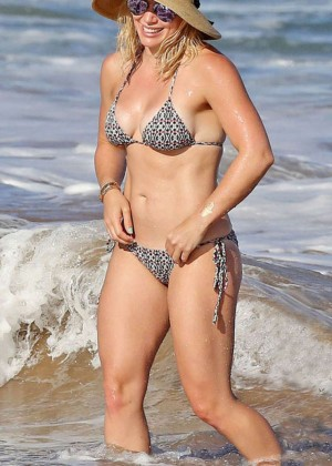 Hilary Duff in Bikini -03