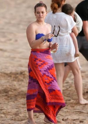 Hilary Duff in Bikini Top -07