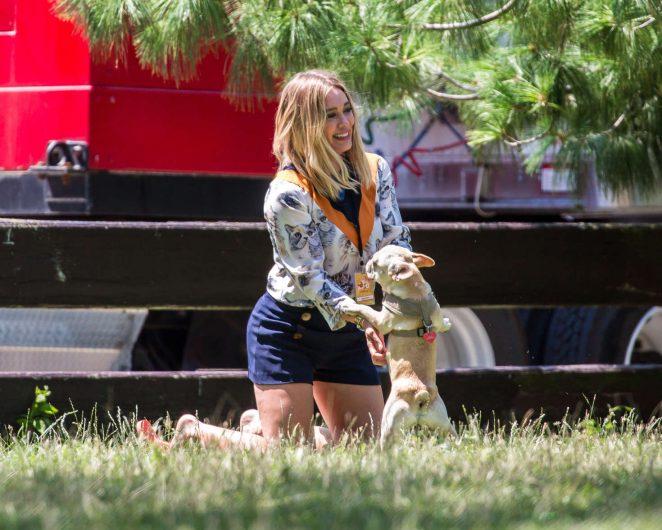 Hilary Duff In Blue Shorts 28 Gotceleb