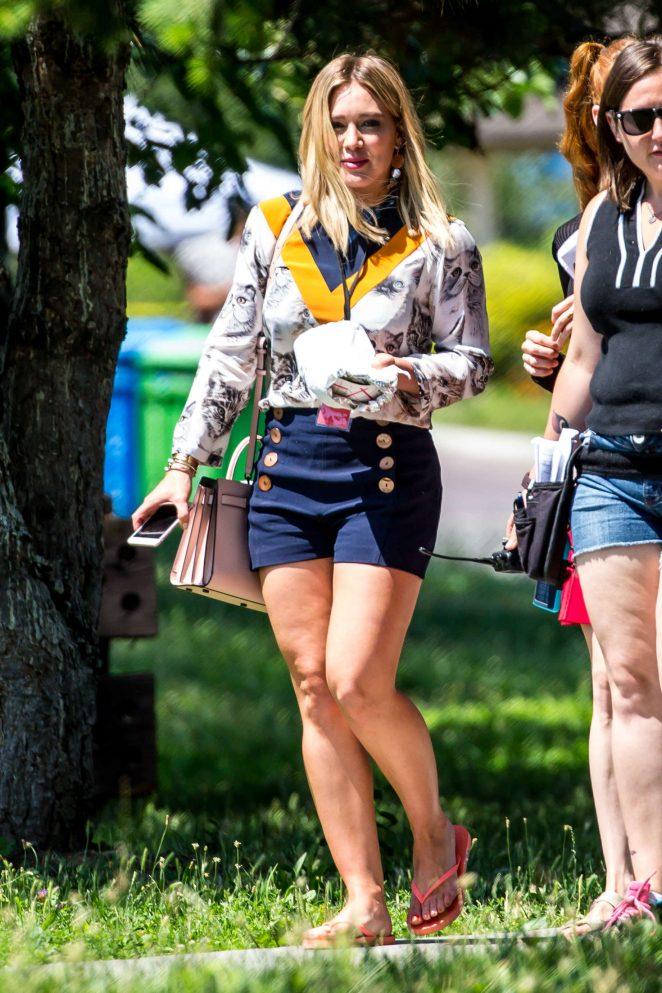 Hilary Duff In Blue Shorts 33 Gotceleb