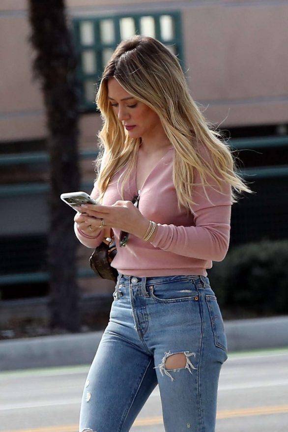 Hilary Duff in Pink - Runs errands in LA