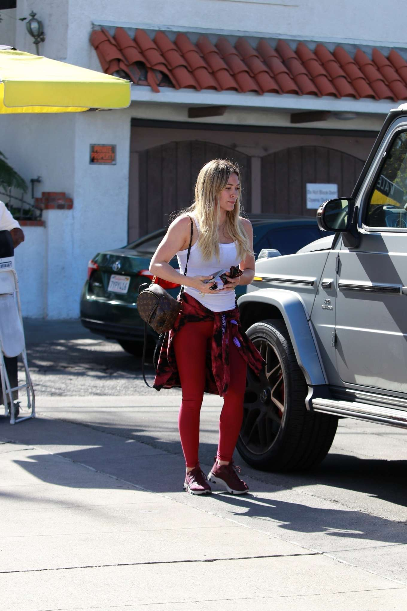 Hilary Duff 2020 : Hilary Duff in Red Tights – Out for lunch in Los Angeles-01