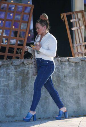 Hilary Duff - In skinny denim in West Hollywood