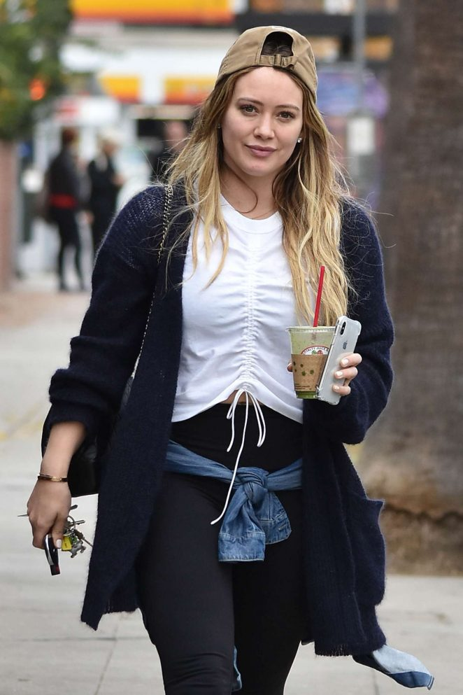 Hilary Duff in Spandex – Leaves Joan's on Third in Studio City