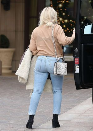 Hilary Duff in Tight Jeans out in Beverly Hills