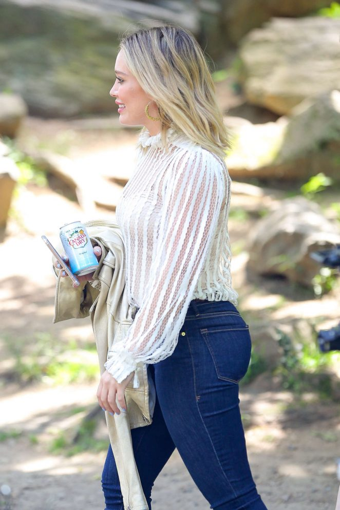 Hilary Duff in Tight Jeans out in Central Park