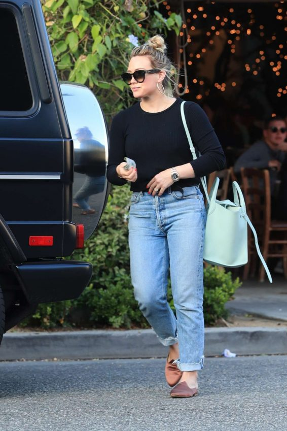 Hilary Duff – Leaves Il Pastaio in Beverly Hills-12