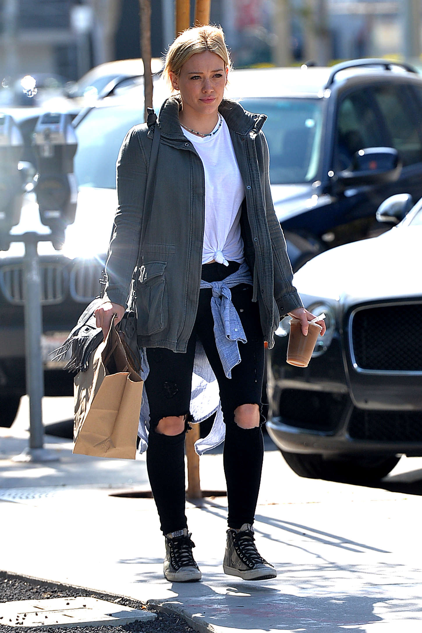 Hilary Duff - Leaving Cafe Zinque in Hollywood