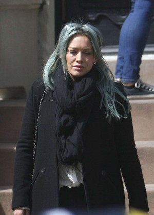 Hilary Duff - Leaving her home in Brooklyn
