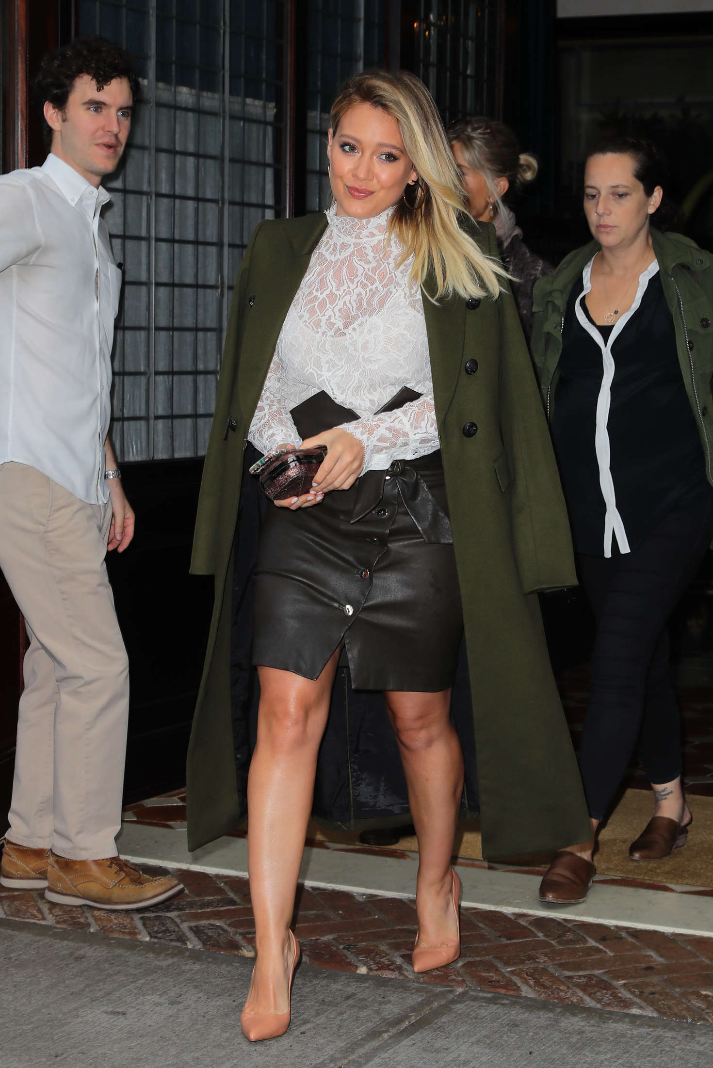 Hilary Duff 2016 : Hilary Duff: Leaving her Tribeca Hotel in New York -05