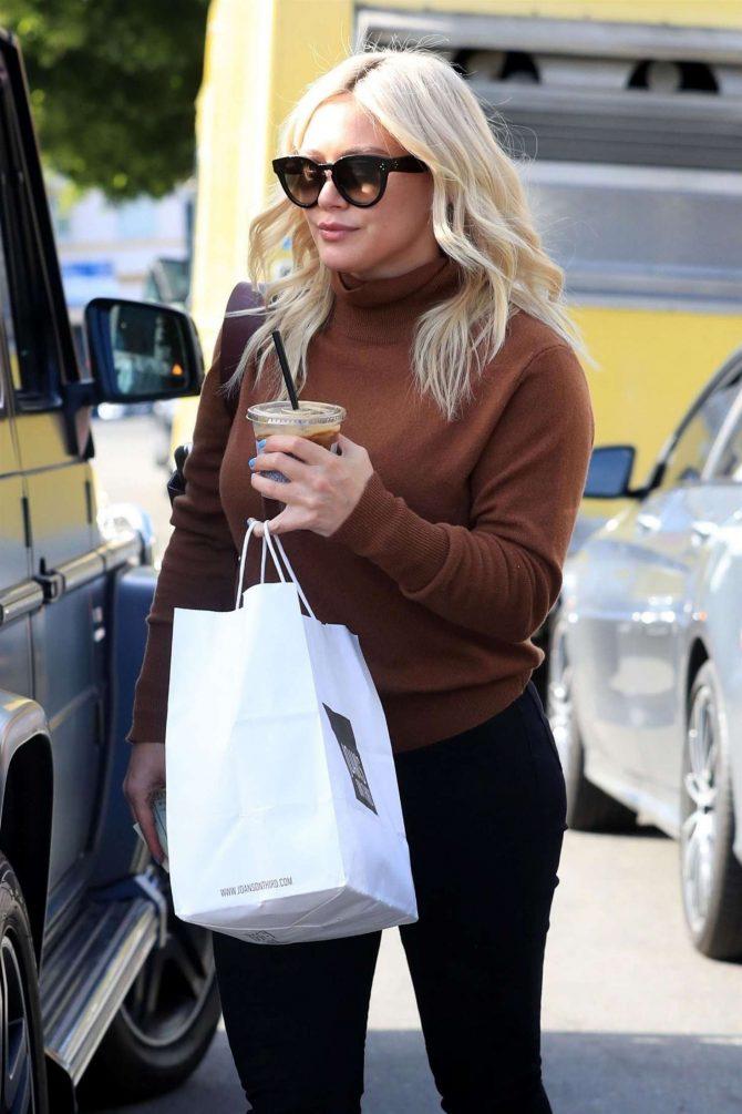 Hilary Duff - Leaving Joan's On Third in Studio City