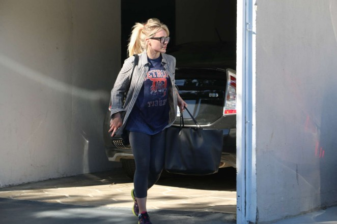 Hilary Duff in Leggings Leaving the gym in Beverly Hills