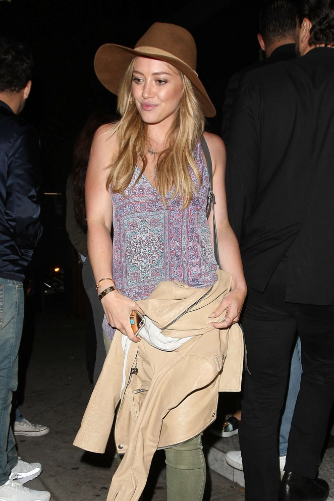 Hilary Duff - Leaving The Nice Guy in West Hollywood