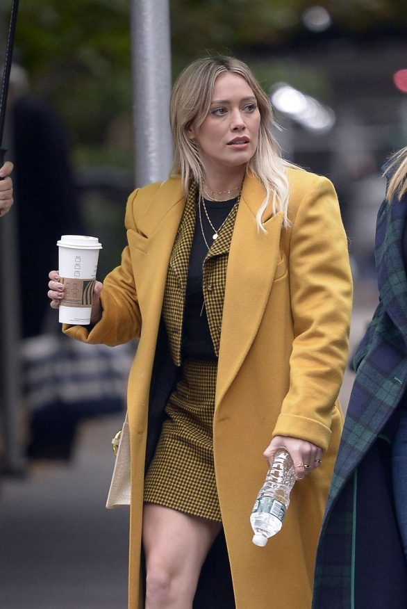 Hilary Duff - On a break from shooting 'Lizzie McGuire' in NY