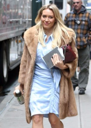 Hilary Duff on set of 'Younger' in New York