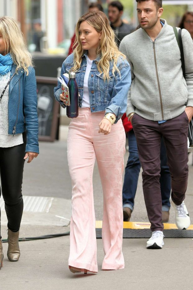 Hilary Duff on the set of Younger in New York City -01