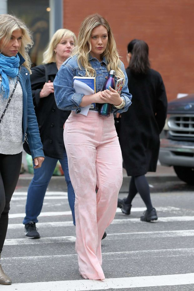 Hilary Duff on the set of Younger in New York City -07