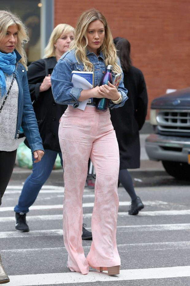 Hilary Duff 2019 : Hilary Duff on the set of Younger in New York City -08