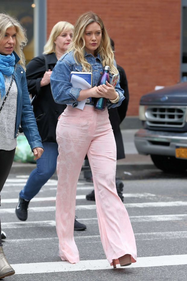 Hilary Duff on the set of Younger in New York City -10